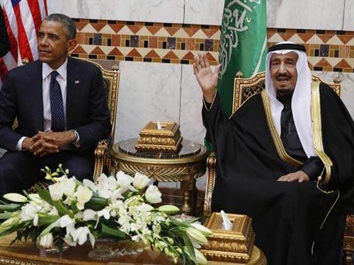 Vấn đề hạt nhân của Iran là một trong những nội dung thảo luận giữa Tổng thống Mỹ Barack Obama và Quốc vương Ả Rập Saudi Salman (phải) hôm 27-1 Ảnh: REUTERS
