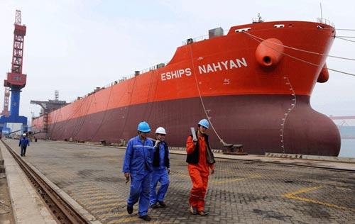 Thống kê của Bộ Giao thông Vận tải Trung Quốc vào năm 2014 cho thấy Trung Quốc có khoảng 172.000 tàu dân sự Ảnh: CHINA DAILY