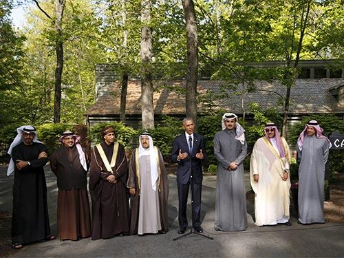 Tổng thống Mỹ Barack Obama và các nhà lãnh đạo vùng Vịnh tại trại David hôm 14-5 Ảnh: Reuters