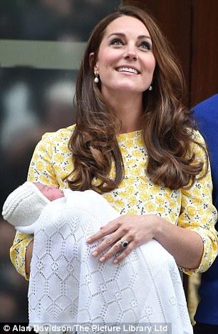 Aurelia sinh cùng ngày với tiểu công chúa của hoàng gia Anh. Ảnh: Daily Mail