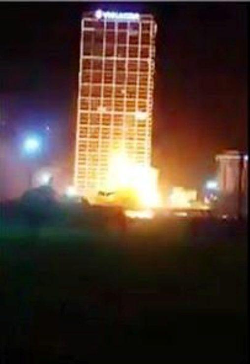 Sự cố chập điện nổ như bom trước đó (tối 31-5) khiến nhiều người dân hoảng sợ