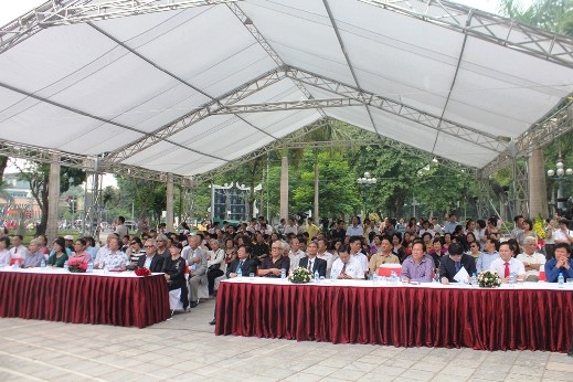 Toàn cảnh buổi lễ gắn biển phố mang tên nhà thơ, văn Nguyễn Đình Thi và nhạc sỹ Trịnh Công Sơn