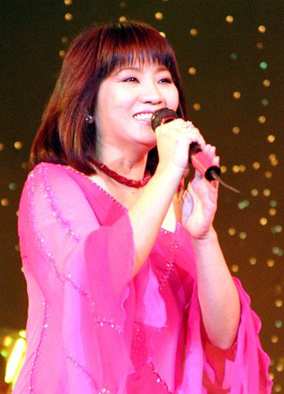 Rất nhiều ca sĩ đã hát thành công nhạc phẩm của nhạc sĩ Phạm Minh Tuấn, đặc biệt giọng hát của ca sĩ Cẩm Vân đã ghi dấu trong lòng người nghe qua Bài ca không quên