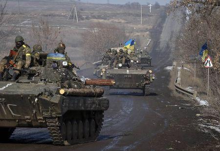 Lực lượng Kiev gần Debaltseve. Ảnh: Reuters
