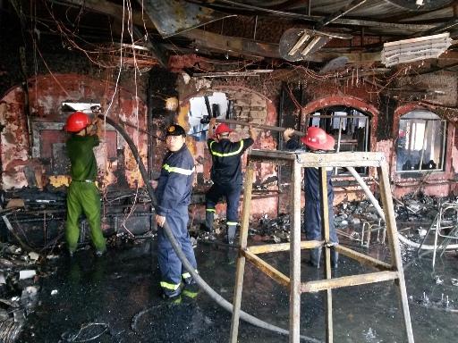 Nhà hàng đã bị thiêu rụi khi lực lượng chữa cháy đến nơi