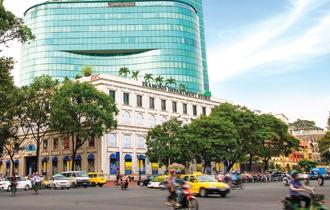 Tòa nhà Diamond Plaza ở ngay khu vực quận 1, TP.HCM đã được thương hiệu Lotte Mart (Hàn Quốc) mua lại 70% vốn.