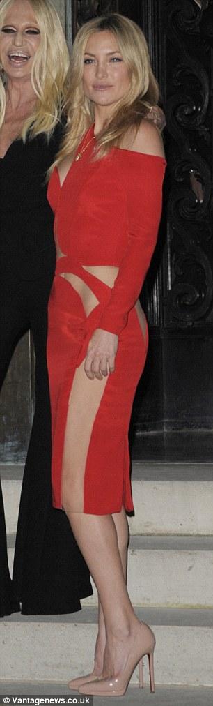 Kate Hudson mặc táo bạo trên thảm đỏ