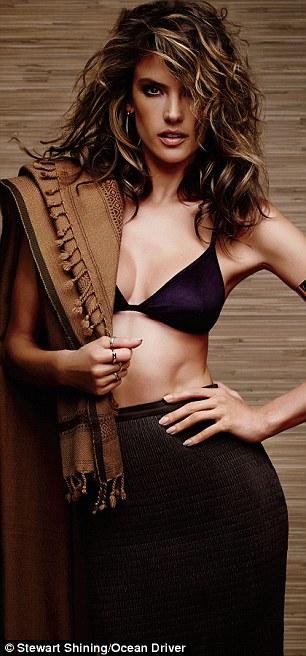 Alessandra Ambrosio ngày càng quyến rũ