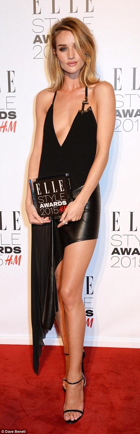 Rosie được trao giải Người mẫu của năm