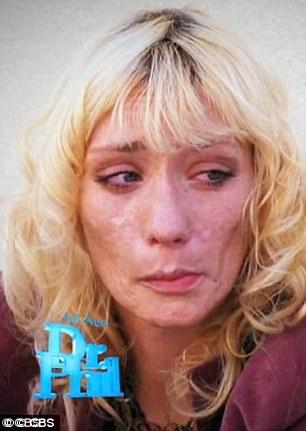 Jael Strauss nghiện rượu, ma túy...