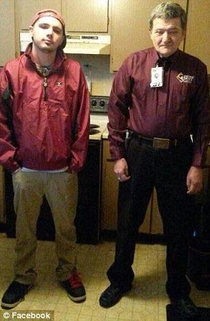 Cháu trai ông Simoff (trái) hiện thất nghiệp. Ảnh: Facebook