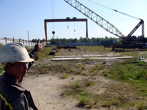 Một dự án xây dựng giữa chừng rồi bỏ hoang trong Khu Kinh tế Dung Quất