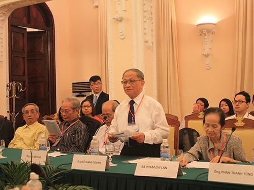 Theo TS Lê Đăng Doanh, trong thế giới đang thay đổi nhanh chóng, giành giật  về thế lực giữa các cường quốc