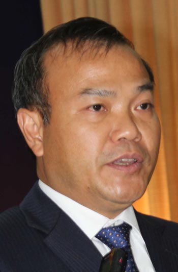 Thứ trưởng Bộ Ngoại giao, Chủ nhiệm Ủy ban Nhà nước về người Việt Nam ở nước ngoài Vũ Hồng Nam