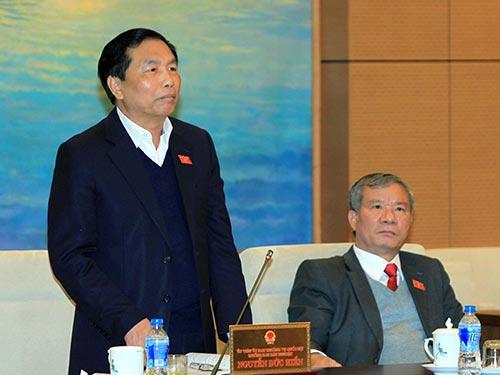 Trưởng Ban Dân nguyện Nguyễn Đức Hiền đề nghị có cơ chế bảo đảm bản án hành chính phải thi hành nghiêm túc Ảnh: TTXVN