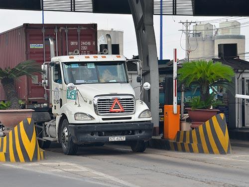 Trạm xa lộ Hà Nội (quận 9 và quận Thủ Đức, TP HCM) dự kiến thu phí đến năm 2045 Ảnh: TẤN THẠNH