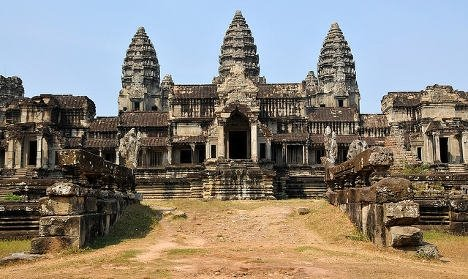Ra tòa vì chụp ảnh khoe mông tại đền Angkor. Ảnh: Dennis Jarvis