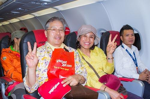 Chuyến bay của VietJet luôn chở đầy nụ cười