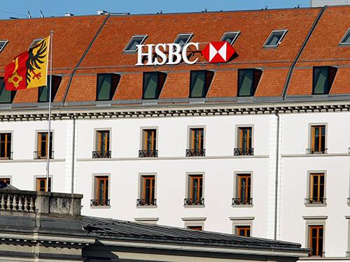 Chi nhánh của Ngân hàng HSBC tại TP Geneva - Thụy Sĩ  Ảnh: Reuters