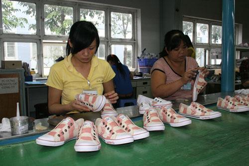 Được chăm lo tận tình nên công nhân Công ty CP Công nghiệp Đông Hưng (TP HCM) an tâm cống hiến cho doanh nghiệp