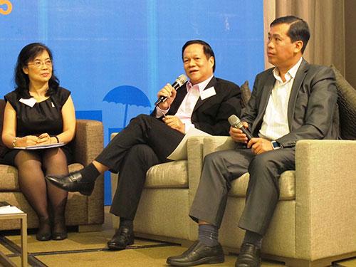 Các đại biểu chia sẻ kinh nghiệm tại hội thảo sáng 17-3
