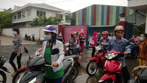 Hơn 1.000 công nhân Công ty Keo Hwa Vina bị mất quyền lợi khi công ty nợ BHXH hơn 11,3 tỉ đồng