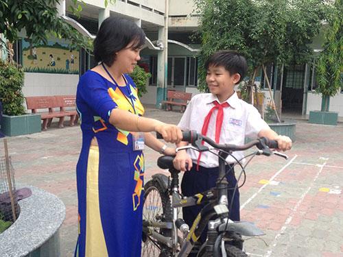 Gần gũi, hết mực yêu thương học trò là phong cách của cô Trần Thị Thúy Nghiêm