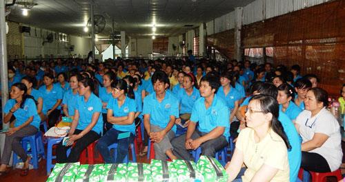 Công nhân Công ty Sedo Vina tham gia lớp tập huấn