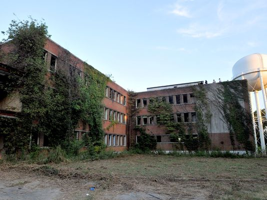 Bệnh viện Kuhn bị bỏ hoang. Ảnh: Clarion-Ledger