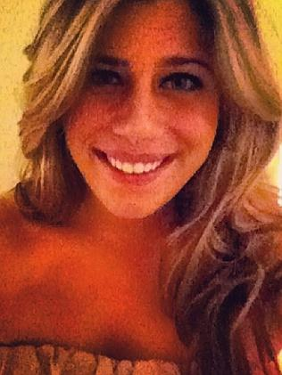 Nạn nhân Stephanie Belli. Ảnh: Facebook