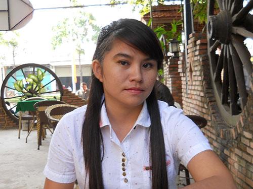 Cuộc sống của dược sĩ Trần Thị Kiều Oanh gặp khó khăn kể từ khi bị buộc thôi việc trái pháp luật