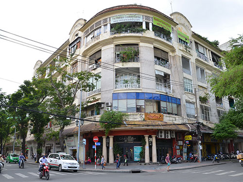 Một góc khu đất vàng 164 Đồng Khởi, đoạn Đồng Khởi - Lý Tự Trọng, quận 1 Ảnh: TẤN THẠNH