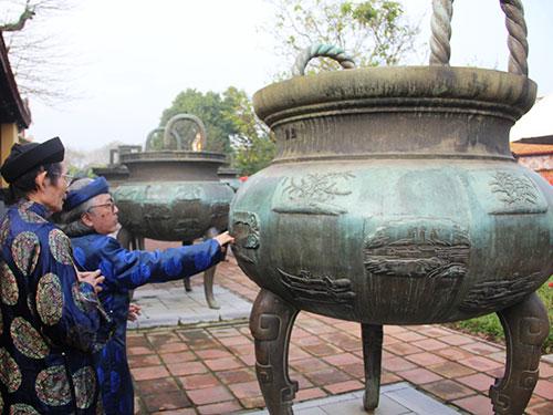 Cửu đỉnh - báu vật triều Nguyễn được đúc vào năm 1835, hiện trưng bày tại Đại nội Huế