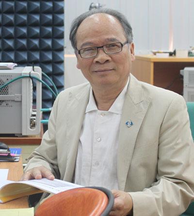 GS Huỳnh Hữu Tuệ