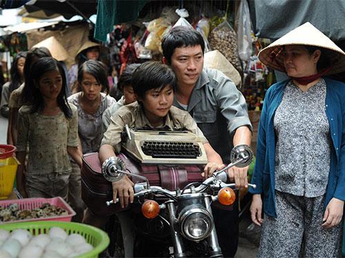 """Diễn viên Kinh Quốc trong phim """"Noble"""". (Ảnh do đoàn làm phim cung cấp)"""