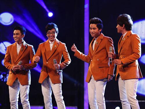 Nhóm hát Ayor trình diễn trong số phát sóng đầu tiên  Ảnh: ÂN NGUYỄN
