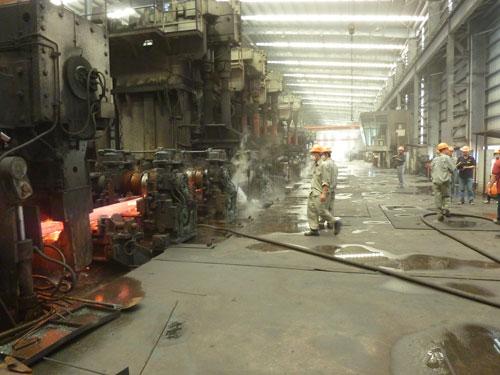 Nhiều nhà máy thép đang giảm công suất từ 60%-65%
