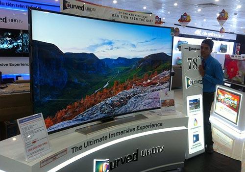 Tivi màn hình cong hấp dẫn người tiêu dùng