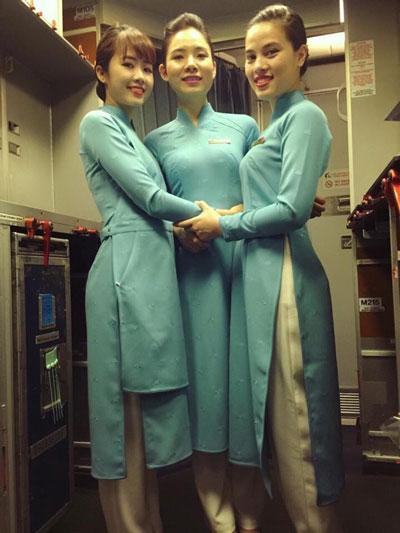 Áo dài đồng phục mới của nữ tiếp viên Vietnam Airlines Ảnh: TARO