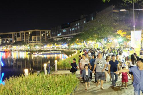 Một góc Hội chợ Hoa xuân Phú Mỹ Hưng 2015