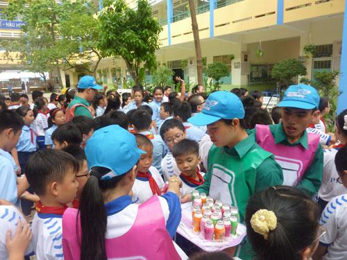 Chương trình sữa chua học đường của Bidrico đến với các trường tại TP HCM