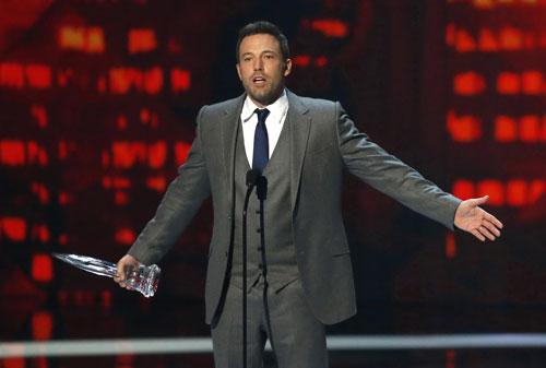 Nam diễn viên Ben Affleck nhận giải tại lễ trao giải