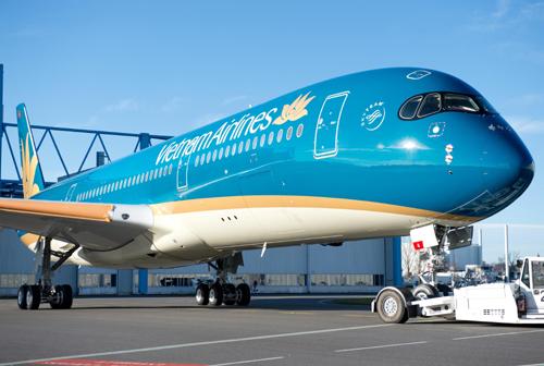 Trong năm nay, Vietnam Airlines sẽ nhận những chiếc máy bay Airbus A350-900 thân rộng để đổi mới đội ngũ máy bay