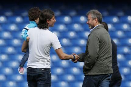 Ông chủ người Nga chúc mừng hậu vệ Felipe Luis