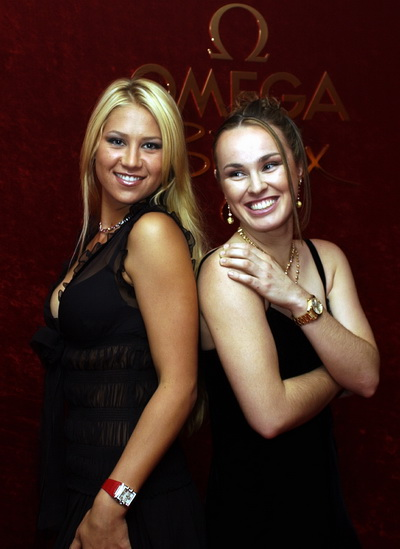 Hingis cùng Kournikova là hai mỹ nhân của quần vợt thế giới thập niên 90 thế kỷ trước