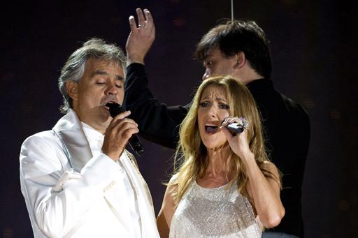 Hai ca sĩ danh tiếng này từng kết hợp nhiều lần trước đó