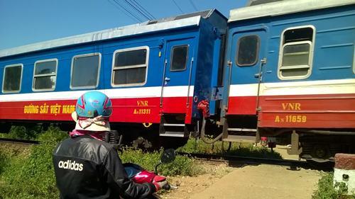 Vị trí giao nhau với đường sắt, nơi ông Thường bị tàu húc chết