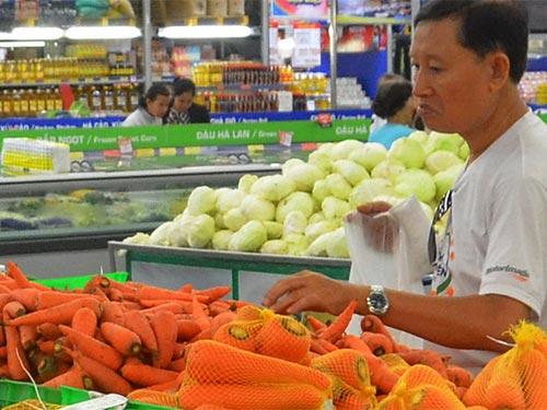 Cung cấp đủ vitamin cho cơ thể giúp phòng tránh nhiễm xạ Ảnh: Tấn Thạnh