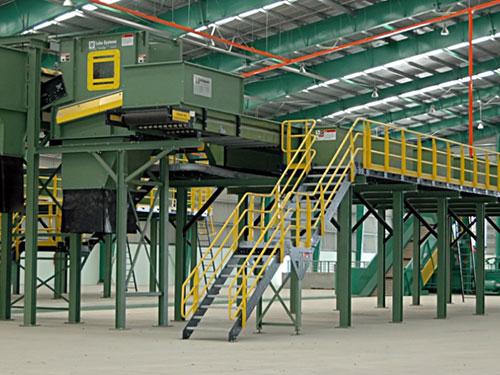 """Nhà máy phân loại tái chế được VWS đầu tư từ năm 2010 nhưng đến nay vẫn """"trùm mền"""""""