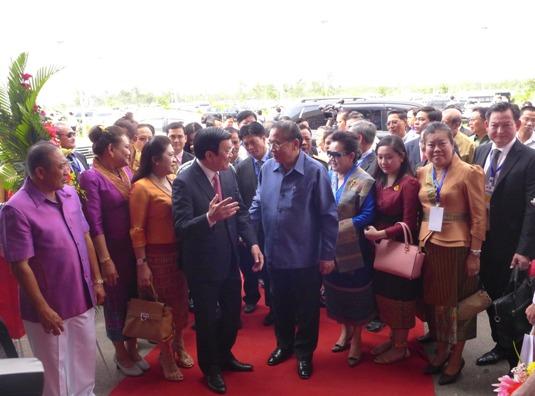 Chủ tịch nước Trương Tấn Sang cảm ơn nước bạn Lào đã quan tâm tạo điều kiện thuận lợi cho doanh nghiệp Việt Nam đầu tư tại Lào